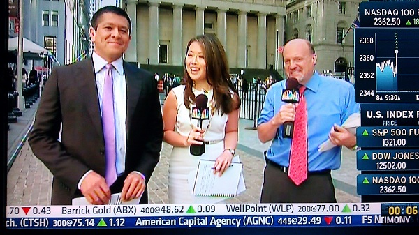 Melissa Lee with Carl Quintanilla and Jim Cramer
